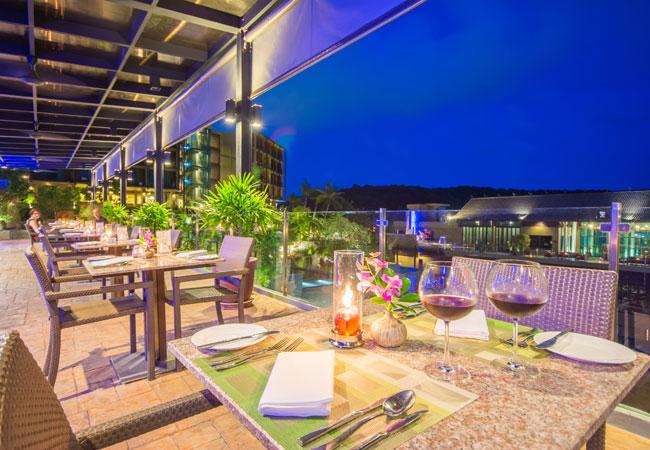 Sunsuri Phuket Surf Pool Bar & Restaurant