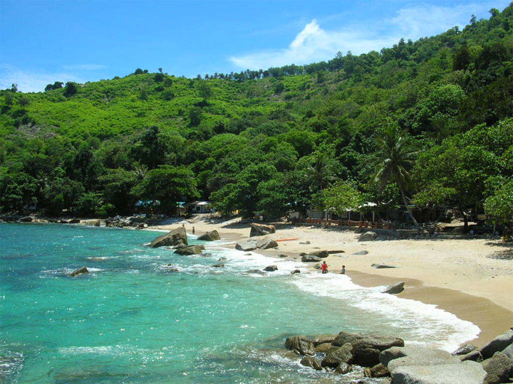 Sunsuri Phuket Ao Sane Beach