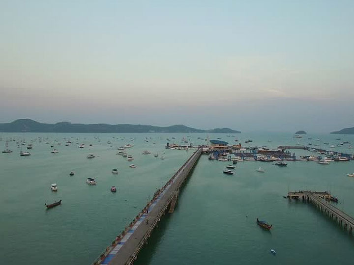 Sunsuri Phuket Chalong Bay / Pier