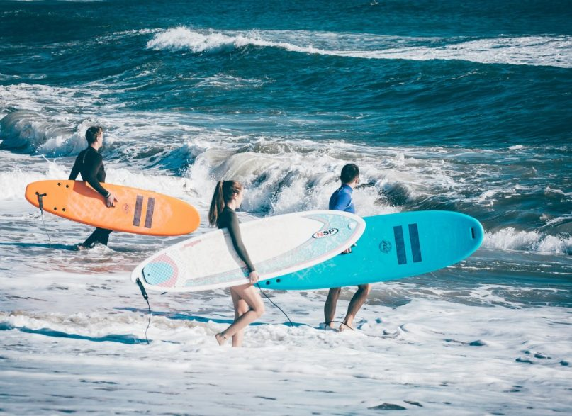 4 Activities Surf Lovers Can Enjoy for a Wonderful Date